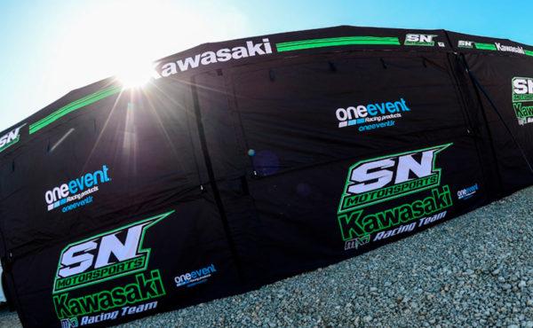 Tente motocross Kawasaki